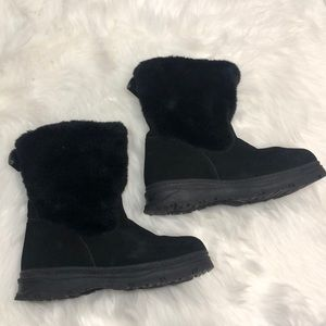 Bass women's black leather boots sz. 9 w/fur shaft